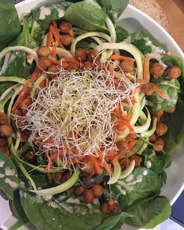 Salade met kikkererwten