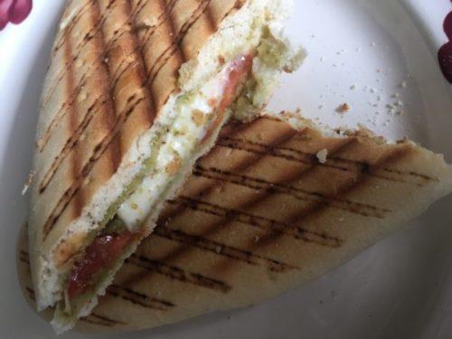 Is een tosti ongezonder dan een boterham met ham en kaas?